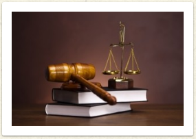 picture of a gavel on books